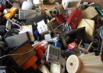 Positive and negative effects of e-waste