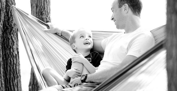 positive and negative effects of single parenting