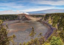 Positive and negative effects of Kilauea